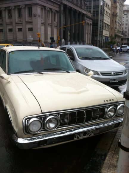 Argentina cars old and new