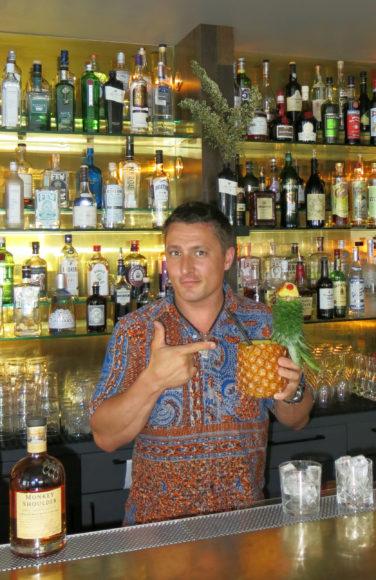 Dean Callan Monkey Shoulder pineapple pic 2.jpg